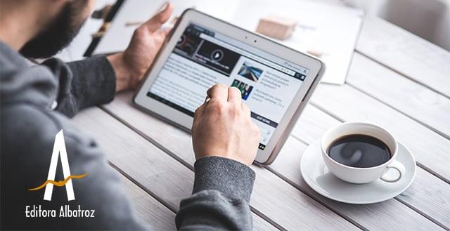 Vale A Pena Investir Em Blogs Literários?