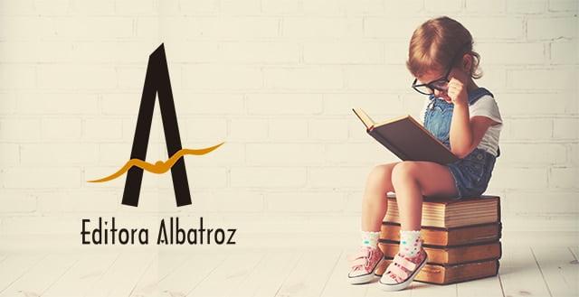 escrever escritor escrita livro publicar editora albatroz mulher escrevendo melhor dicas para escrever melhor editora independente publicação estrutura narrativa leitura ler mais hábito da leitura